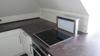 Küche unter Dachschräge 1