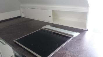 Küche unter Dachschräge 2