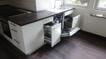 Küche unter Dachschräge 3